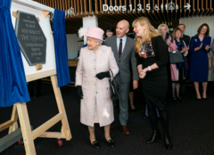 HM The Queen unveils the plaque to commemorate her visit on 30 November 2017. Credit: Photo by Pete Jones.